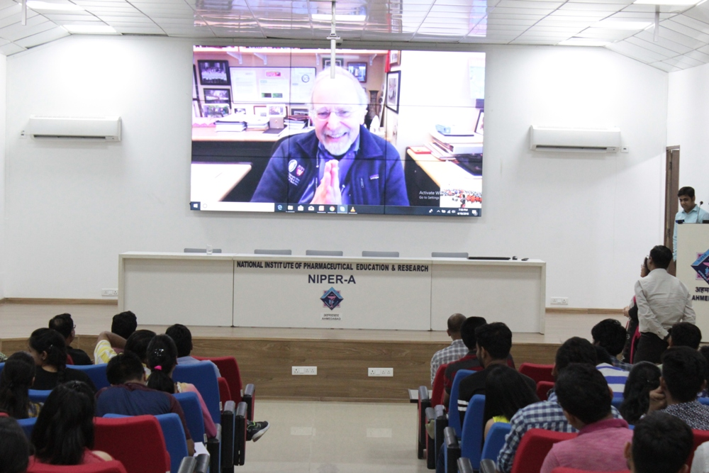 International visiting Lecture